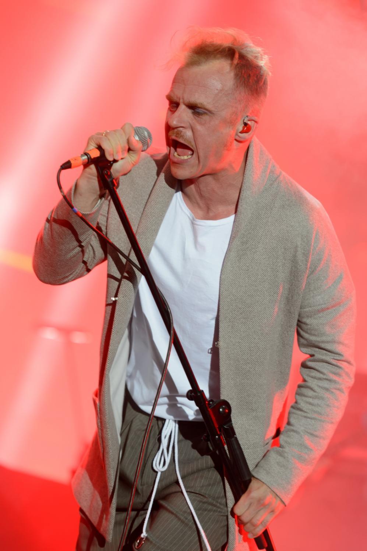 Piotr Rogucki na koncercie Męskie Granie. Poznań, 9 lipca 2017.