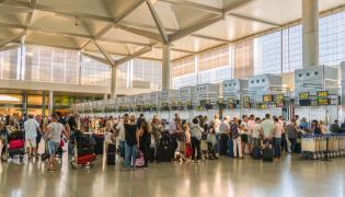 Odprawa na lotnisku w Maladze