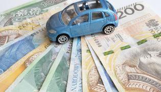 Pieniądze i samochód