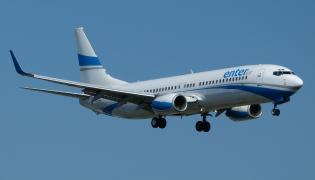 Boeing 737 linii Enter Air