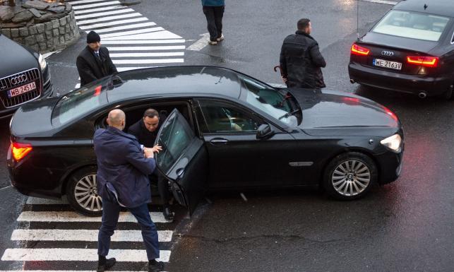 Zdjęcia Prawie 400 Tys Km Przebiegu I Padł Silnik Zobacz Kt 243 Re Auta Z Garażu Prezydenta Dudy