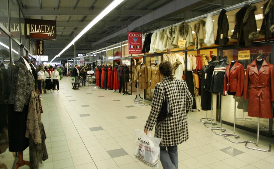 a235b63f6808f Koniec świata w Rzgowie. Centrum Handlowe Ptak wykańcza skarbówka i ...