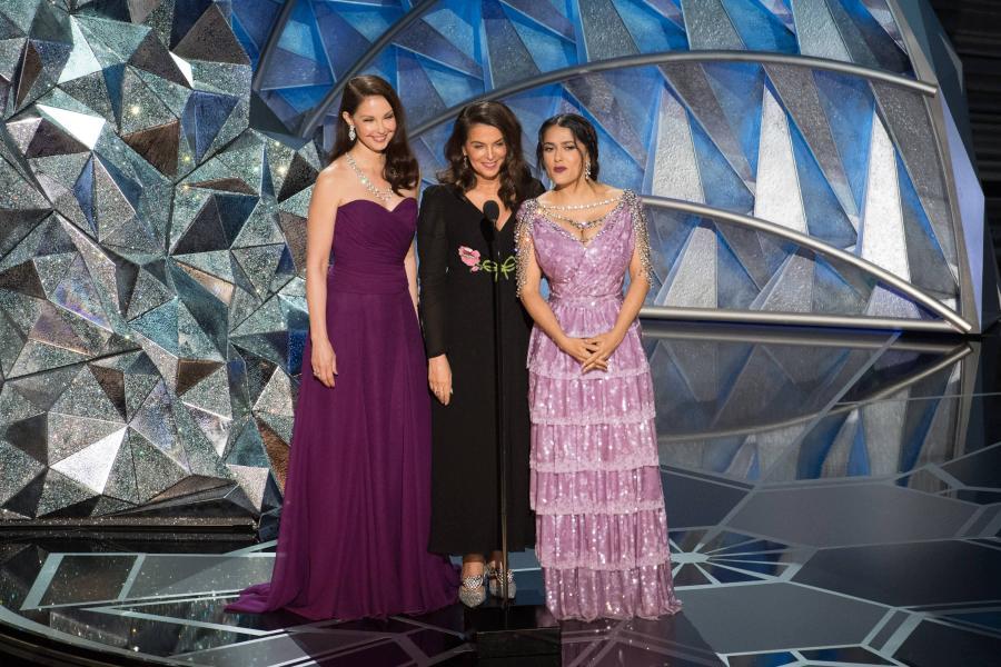 Ashley Judd, Anabella Sciorra oraz Salma Hayek na 90. gali wręczenia Oscarów