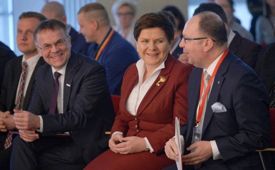 Jarosław Sellin i Beata Szydło