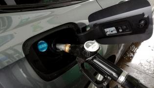 Tankowane diesla bardziej ryzkowne niż benzyny