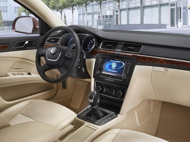 Wnętrze przypomina pokład limuzyn Audi