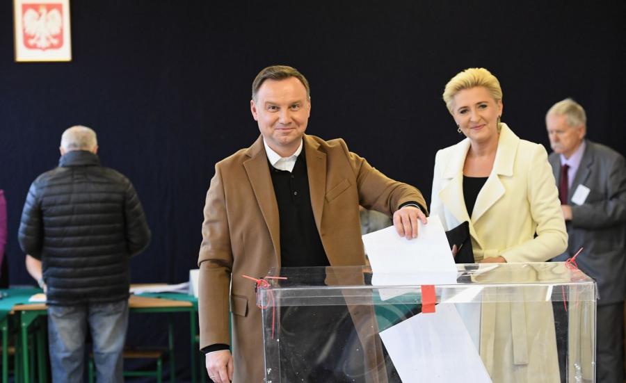 Wybory samorządowe 2018. Prezydent Andrzej Duda z małżonką