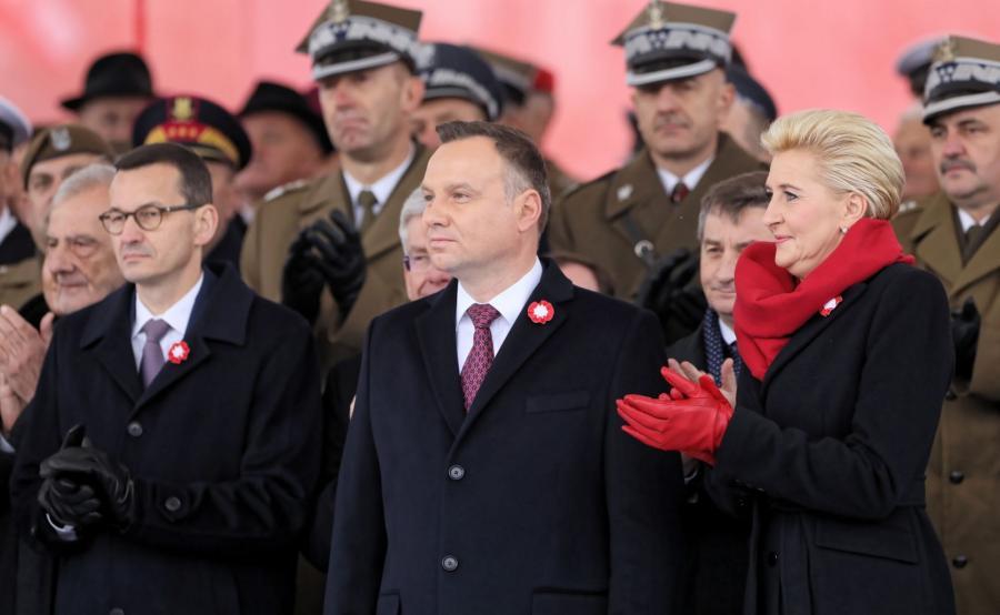 Premier Mateusz Morawiecki i prezydent Andrzej Duda z małżonką