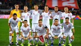 Zawodnicy piłkarskiej reprezentacji Polski przed rozpoczęciem meczu Ligi Narodów z Portugalią w Guimaraes