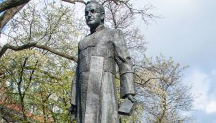 Pomnik ks. Jankowskiego w Gdańsku
