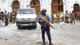 Po serii wybuchów, ulica w Kolombo, Sri Lanka