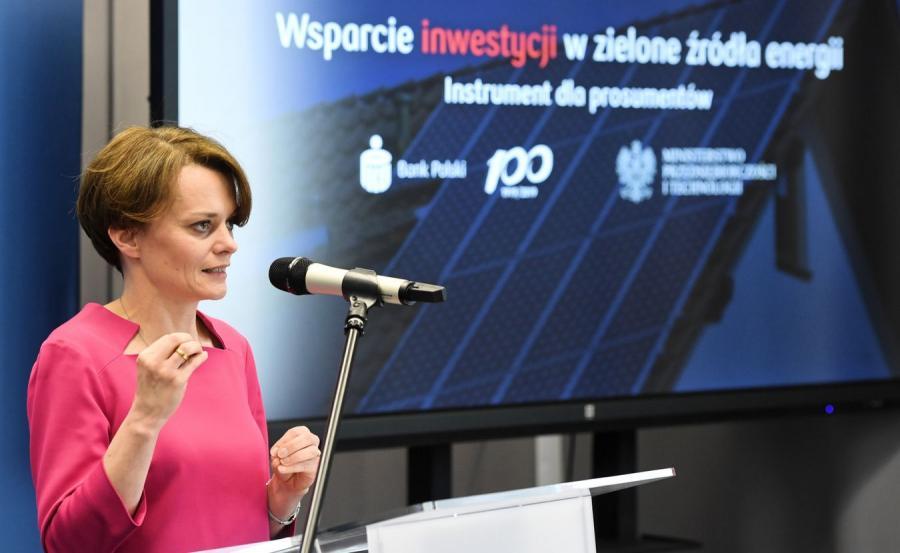 Szefowa MPiT Jadwiga Emilewicz