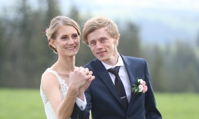 Dawid Kubacki wziął ślub. Mistrz świata w skokach narciarskich związał się z Martą Majcher [ZDJĘCIA]