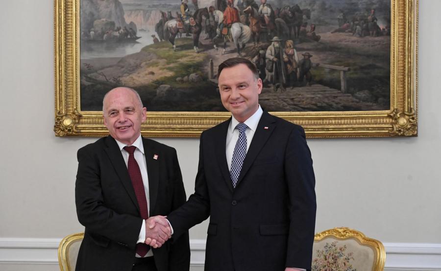 Prezydent RP Andrzej Duda i prezydent Szwajcarii Ueli Maurer podczas spotkania, 14 bm. w Pałacu Prezydenckim w Warszawie