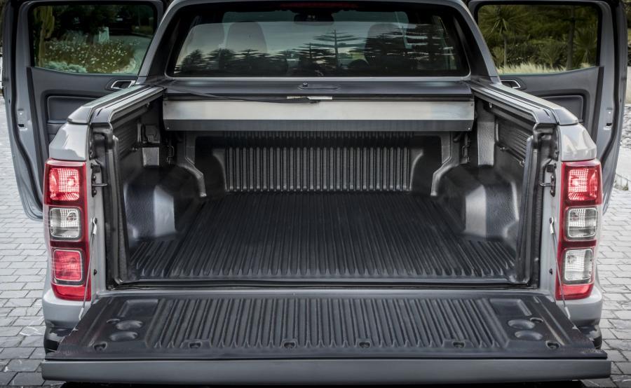 Ford Ranger Raptor. Skrzynia ładunkowa o wymiarach 1560x1773 mm