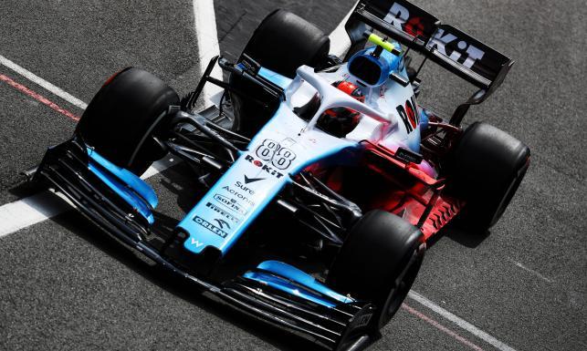 Kubica wreszcie nie był ostatni na mecie. Polak na Silverstone lepszy nawet od Vettela