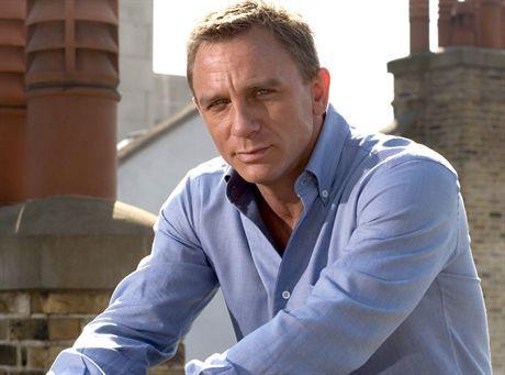 Agent Daniel Craig