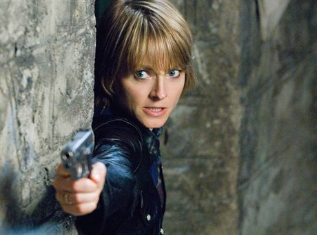 "This photo released by Warner Bros. Pictures shows actress Jodie Foster in a scene from ""The Brave One."" Many in the film industry are already thinking about the Academy Awards. The film, already shown at the Toronto Film Festival, will be the object of many a awards watcher's attention. (AP Photo/Warner Bros. Pictures, Abbot Genser) ** NO SALES **"