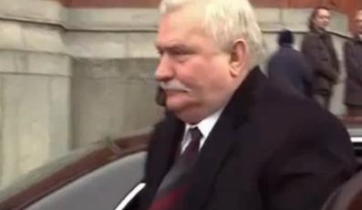 Wałęsa: Nie wiem, co kombinuje Komorowski