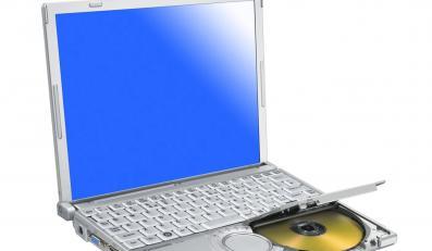 Toughbook CF W7 firmy Panasonic - laptop, którym można rzucać i który można podtapiać