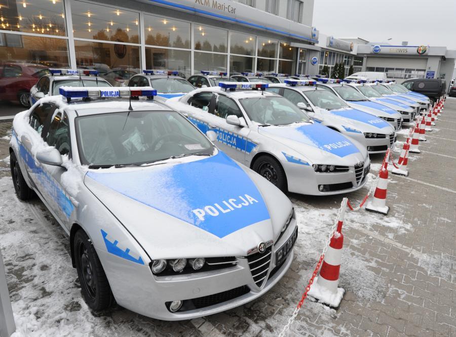 Policyjne alfy romeo