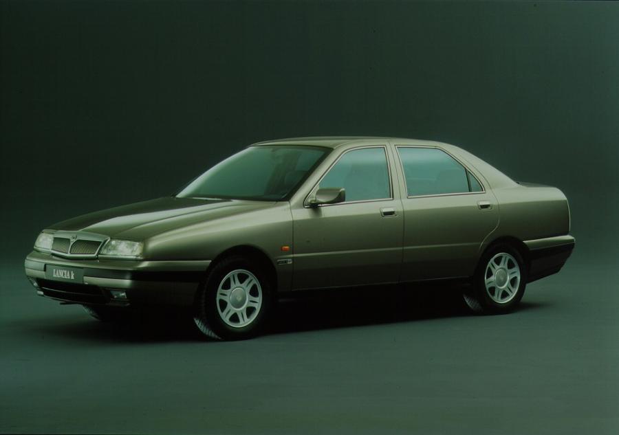 Wyprzedaż limuzyn u prezydenta Komorowskiego