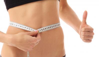 Dietetycy alarmują: Polacy coraz bardziej tyją