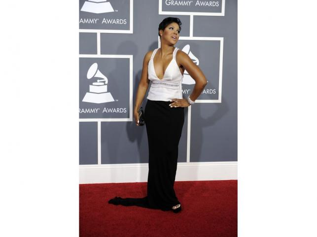 Toni Braxton to kolejna gwiazda w modnym połączeniu black & white