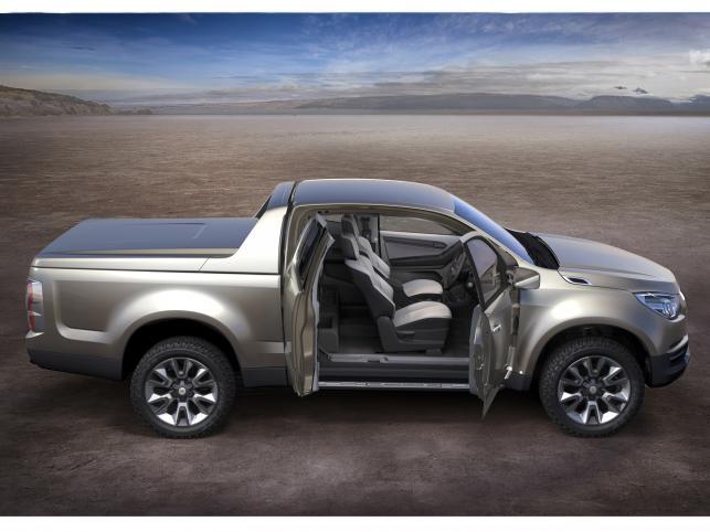 Chevrolet Colorado wejdzie do sprzedaży w Tajlandii w tym roku, zaś na pozostałe rynki zostanie prawdopodobnie wprowadzone w roku 2012...