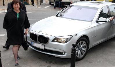 Pierwsza Dama zmienia auta jak rękawiczki