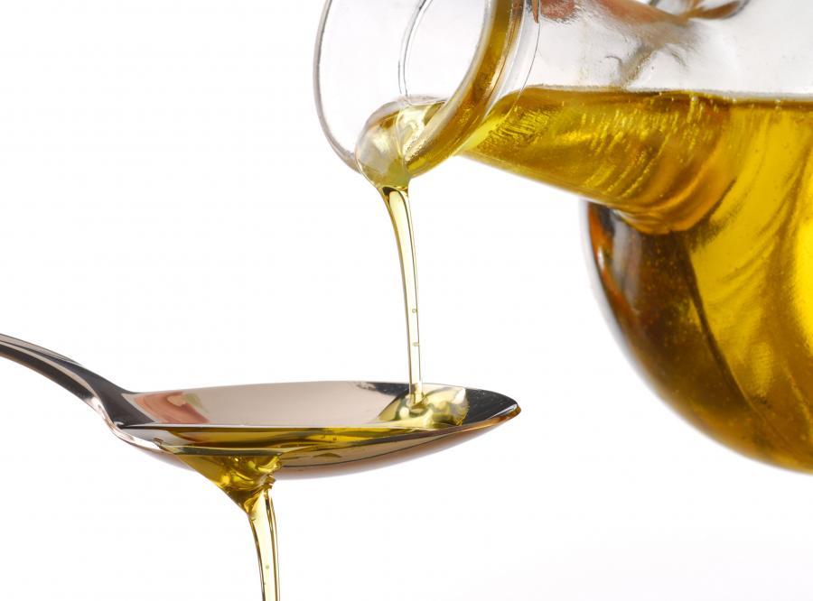 Naturalny olej to świetny kosmetyk.