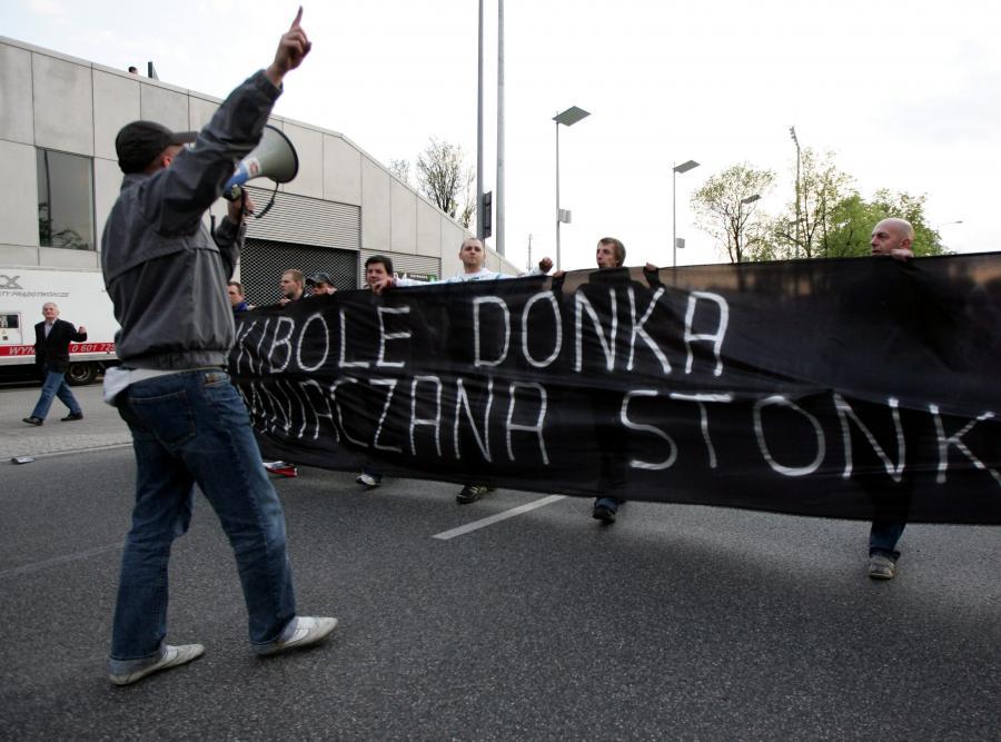 """""""Staruch"""" kieruje protestem kibiców"""
