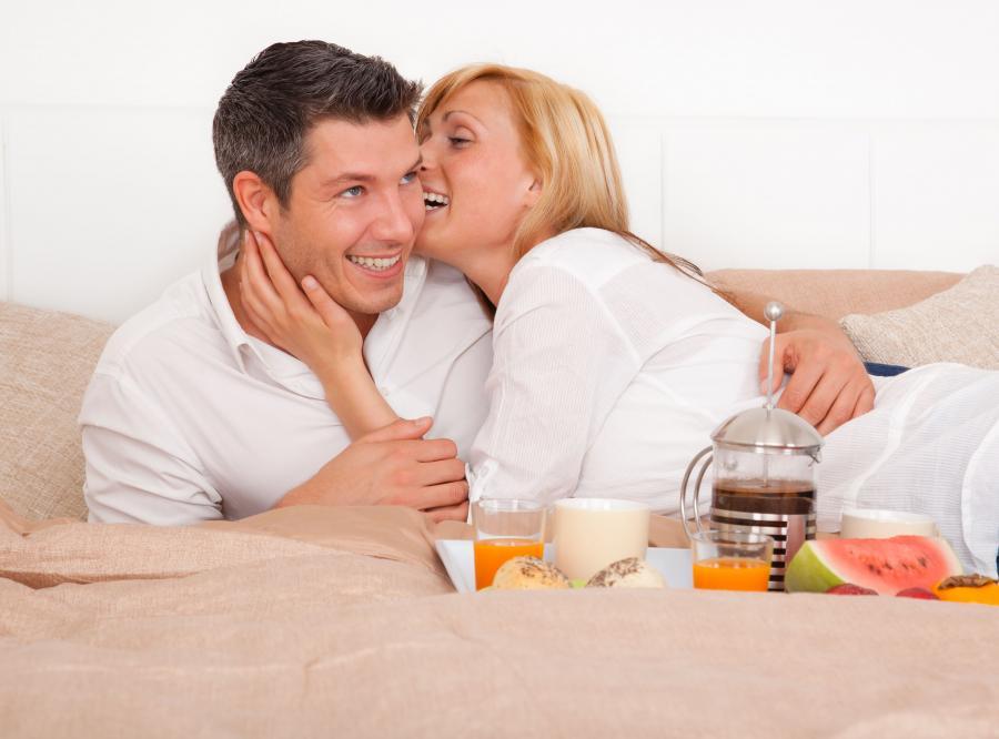 Dla jakości związku częste przytulanie jest równie istotne jak regularny seks.