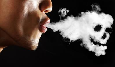 Makabryczne obrazki odstraszą od palenia?