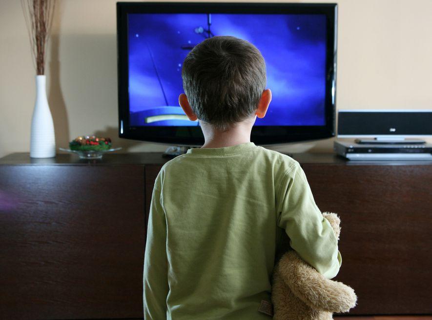 Przekaz medialny jest barierą we właściwej komunikacji w rodzinie