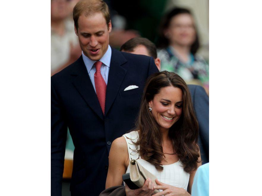 ... a William w garniturze i pod krawatem