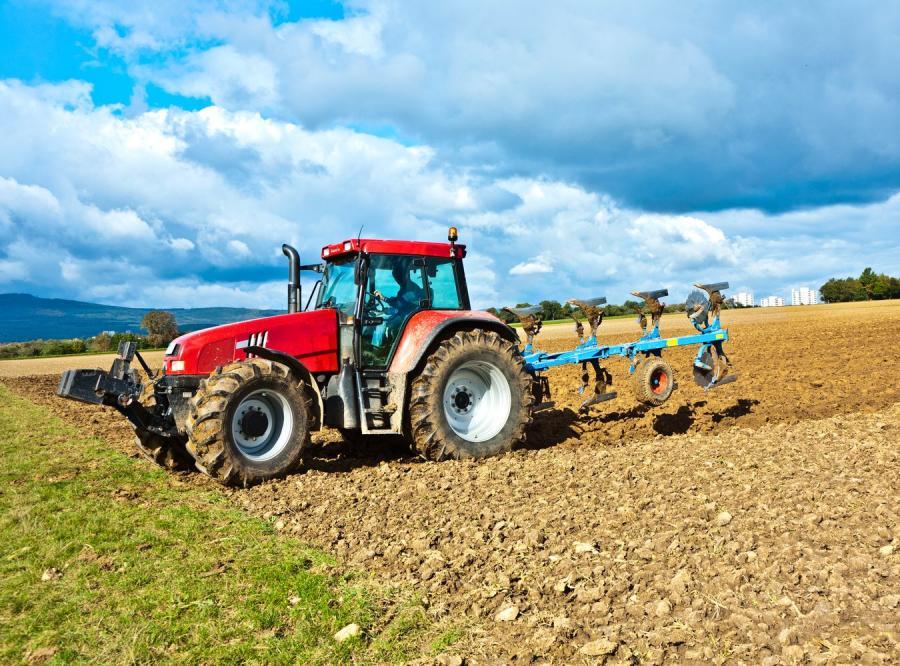 Zadziwiająco przybywa w Polsce rolników