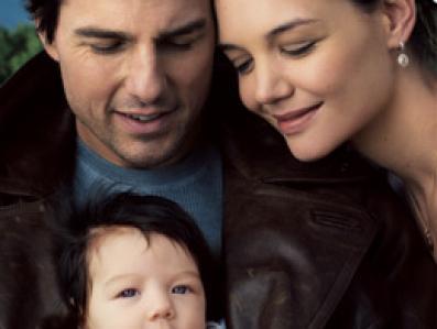 Zdjęcie Toma Cruise\'a i Katie Holmes z (dwuletnią dziś) Suri warte ponad 2,4 mln