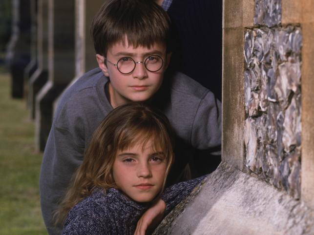 """Emma Watson i Daniel Radcliffe w filmie """"Harry Potter i Kamień Filozoficzny"""""""