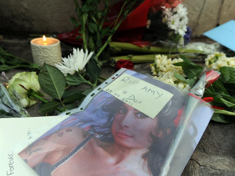 Fani żegnają Amy Winehouse