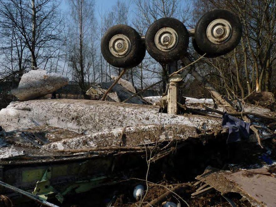 Szczątki tupolewa i odzież ofiar u mieszkańca Smoleńska