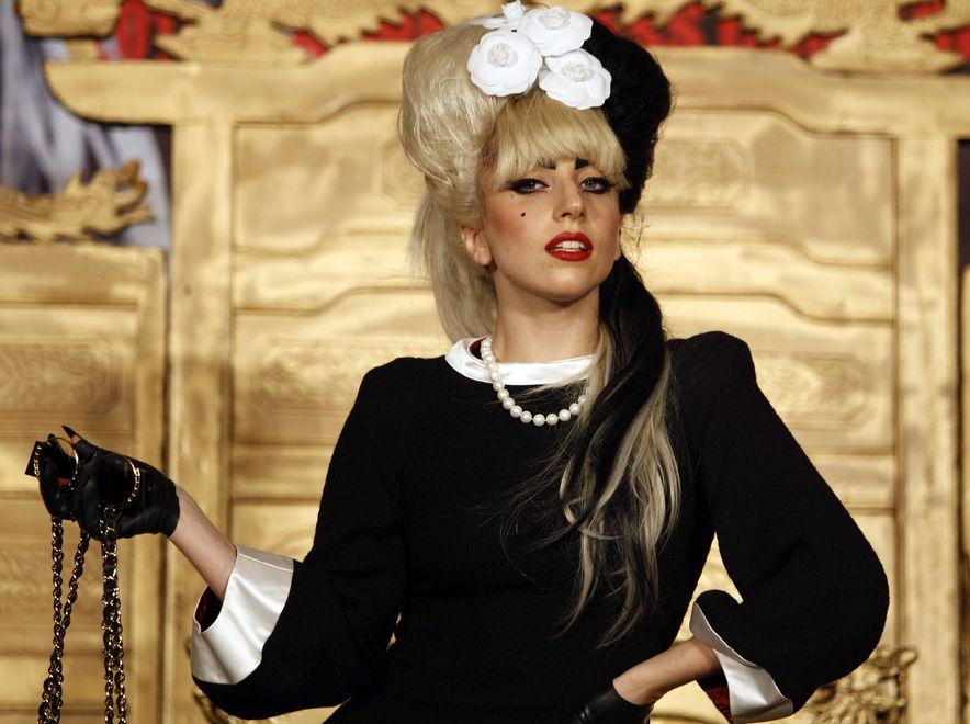 Lady Gaga trafi do \