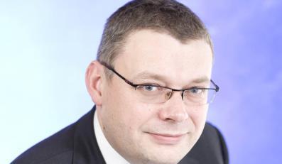 Marcin Piasecki: Dreszczowiec z dotacją