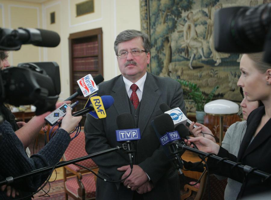 54606b1f929f7 Komorowski  Bączek wezwał TVP na ratunek - Polityka - wszystko o ...