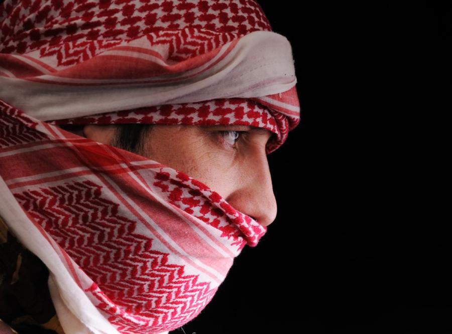 Zamaskowany mężczyzna - zdjęcie ilustracyjne