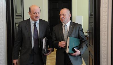 Marek Sawicki i Jacek Rostowski podczas posiedzenia rządu