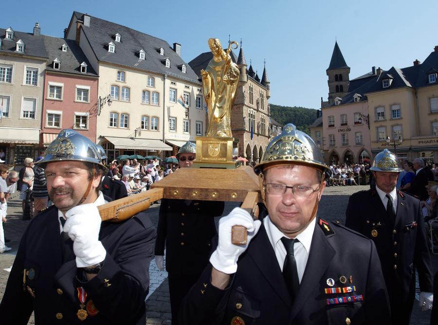 Tańcząca procesja w Echternacht
