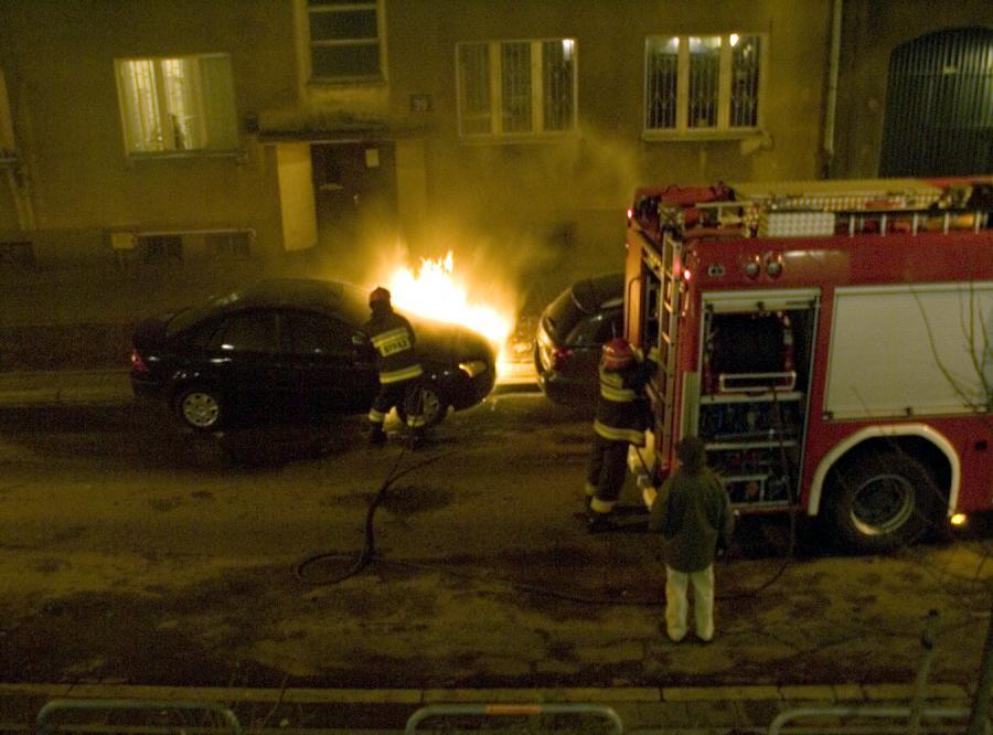 Pitera nie odpuszcza sprawy podpalenia samochodu