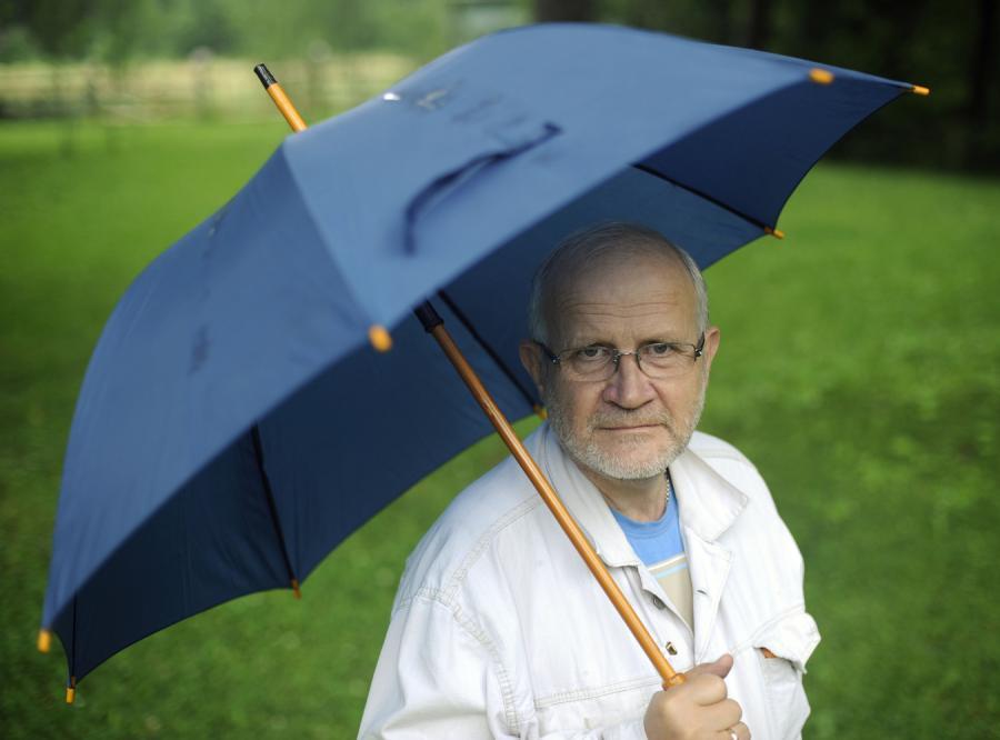 Jan Widacki broni esbeckich emerytur