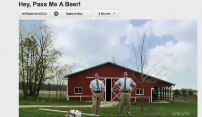 Hej, podaj mi piwo!